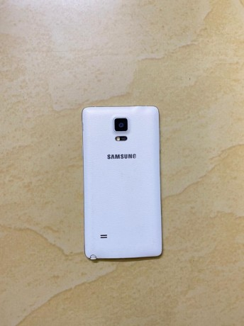 samsung-galaxy-note4-big-3